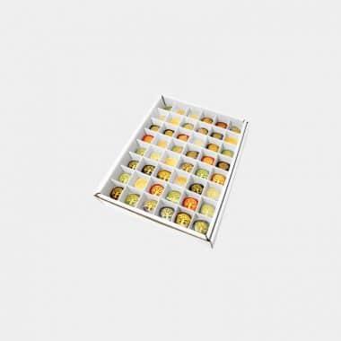 Rohsteine-, Mineralien- und Fossilien-Boxen in 7 Sortierungen - Box 7 Flachsteine Goldgravur 48 Stück